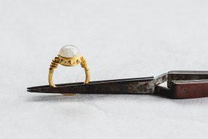 Ring, Gold 750, Regenbogenmondstein, 2010